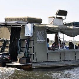 Zambezi houseboat safari